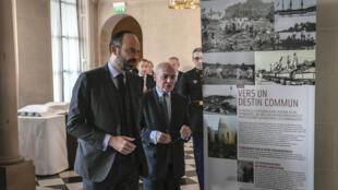 Le Premier ministre Édouard Philippe et Thierry Lataste, haut-commissaire de la République en Nouvelle-Calédonie, le 14décembre à Matignon.