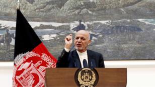 El presidente afgano, Ashraf Ghani, habla durante una conferencia de prensa. Kabul, Afganistán. 15 de julio de 2018.