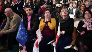 Premiers rangs des militants présents lors de la Convention nationale de la Belle Alliance Populaire, samedi 4 décembre à Paris.