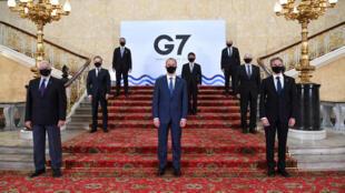 Foto G7