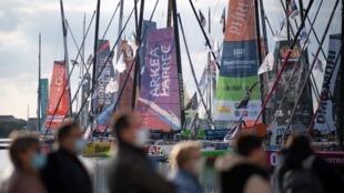 Les bateaux en piste pour le Vendée Globe, à l'ouverture du Village, le 17 octobre 2020 aux Sables d'Olonne