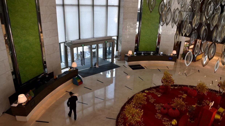 In Wuhan, luxury hotel feels haunted by virus outbreak - France 24