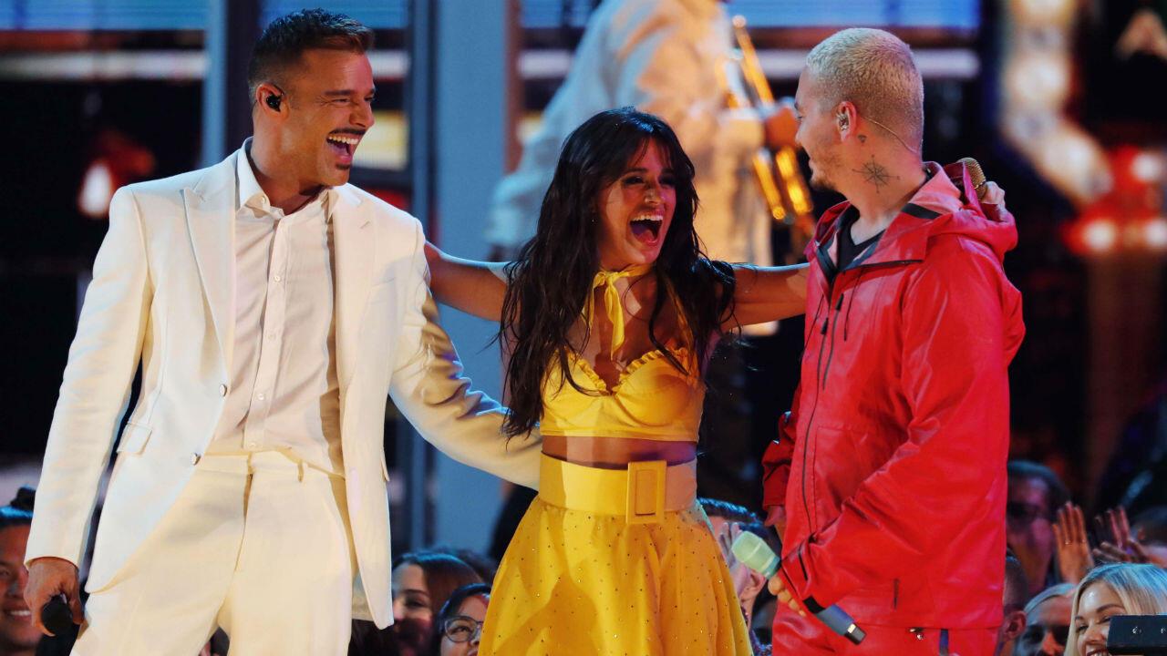 Los latinos Ricky Martin, Camila Cabello y J Balvin, fueron los encargados de inaugurar la gala de esta edición de los Grammy.