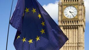 """Les relations entre l'UE et le Royaume-Uni doivent rester """"aussi étroites que possible"""" après le Brexit, estime Junker."""