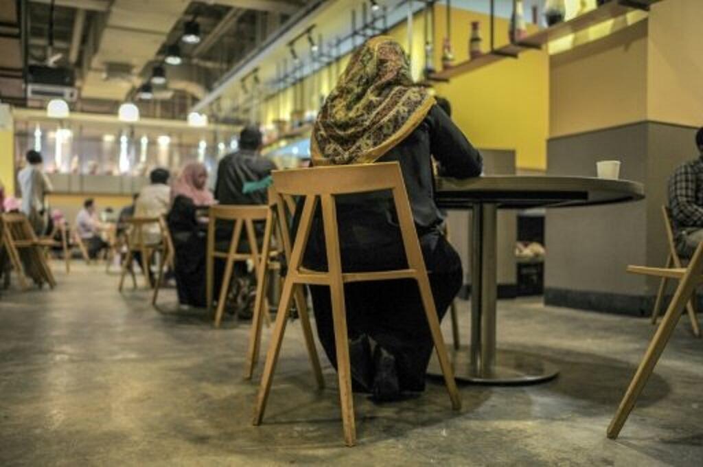 -  مشاركات في لقاءات التعارف في كوالالمبور