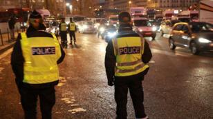 Mardi 6 septembre, la police a procédé à des contrôles à Paris pour s'assurer que seuls circulaient des vehicules à la plaque d'immatriculation paire.