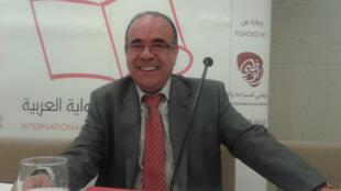 الروائي والأكاديمي التونسي شكري المبخوت