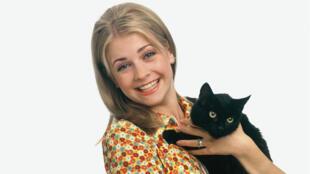 Melissa Joan Hart incarnait Sabrina l'apprentie sorcière à la télévision de 1996 à 2003.