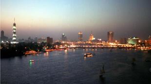 Le Caire et plusieurs régions d'Égypte ont été plongées dans le noir jeudi.
