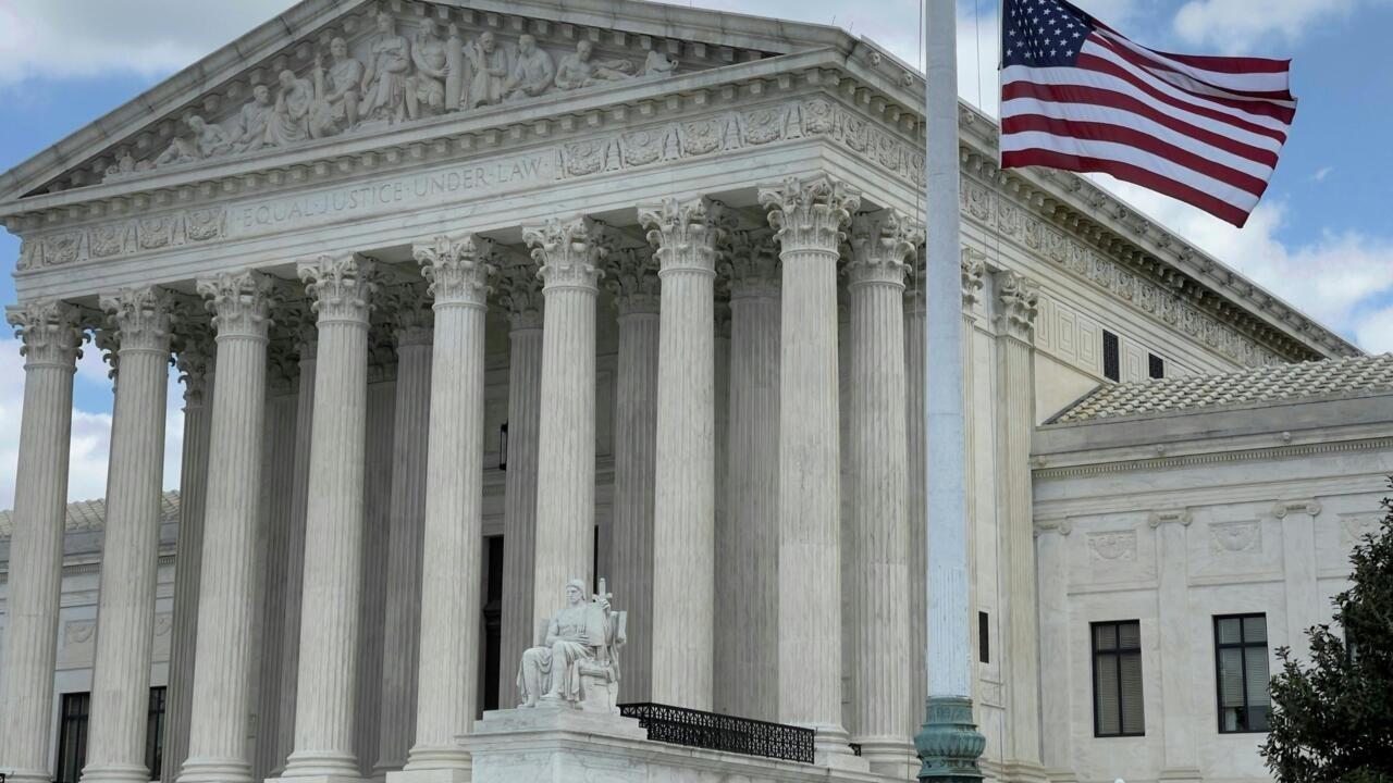 US Supreme Court dismisses challenge to Obamacare