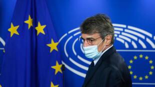 رئيس البرلمان الأوروبي دافيد ساسولي في بروكسل في 8 أيلول/سبتمبر 2020