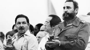Fidel Castro (right) and his brother Raul at a rally in Havana, August 1978