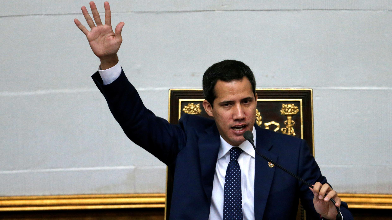 El líder de la oposición, Juan Guaidó, asiste a una sesión de la Asamblea Nacional en Caracas, Venezuela, el 20 de agosto de 2019.