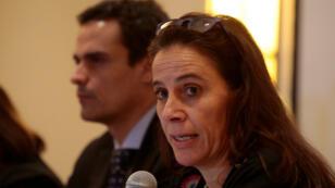 La relatora de la CIDH para Nicaragua, Antonia Urrejola, ofreció la actualización en el número de muertos que deja la violencia sociopolítica. En la gráfica se observa junto a Paulo Abrão en la presentación del informe el 3 de Julio de 2018.