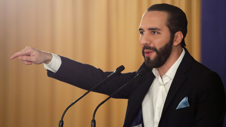 El presidente de El Salvador, Nayib Bukele, habla durante una conferencia en San Salvador, El Salvador, el 1 de noviembre de 2019.
