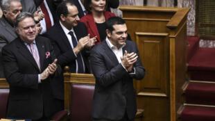 Le Premier ministre grec, Alexis Tsipras, après la ratification du nouveau nom de la Macédoine au Parlement grec, le 25 janvier 2019.