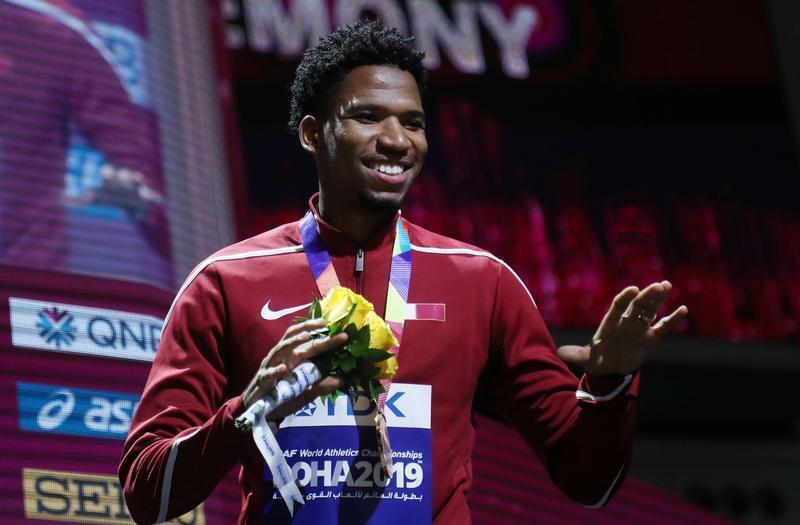 القطري عبد الرحمن سامبا يفوز ببرونزية 400 متر حواجز