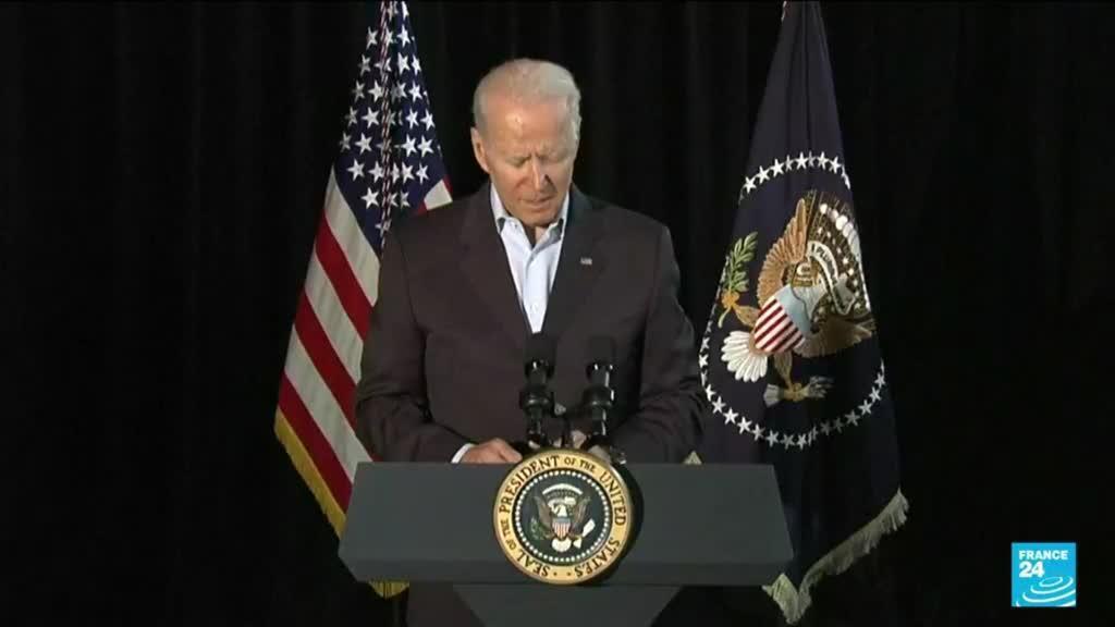 2021-07-02 11:12 Immeuble effondré en Floride : J. Biden sur place pour réconforter les familles et louer l'unité nationale