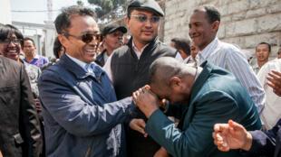 L'ancien président Marc Ravalomanana est accueilli par ses partisans lors de son retour le 13 octobre 2014.
