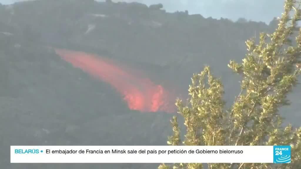 2021-10-17 22:38 España: a casi un mes de la erupción del volcán Cumbre Vieja la lava continúa brotando