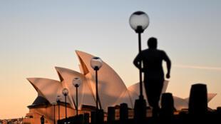 دار الأوبرا التي تعد من أشهر المواقع في مدينة سيدني الاسترالية في 16 حزيران/يونيو 2020