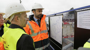 Le Premier ministre Édouard Philippe visite le site de la future ligne 15 du métro du Grand Paris, le 23 janvier 2018, à Champigny-sur-Marne (Val-de-Marne).
