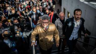 Le leader de La France insoumise, Jean-Luc Mélenchon, quittant le tribunal de Bobigny, en Seine-Saint-Denis, le 20septembre2019.