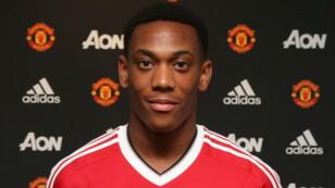 À 19 ans, Anthony Martial, l'attaquant de l'AS Monaco, est transféré pour 80 millions d'euros à Manchester United.
