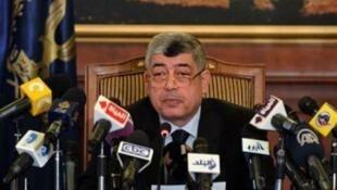 وزير الداخلية المقال محمد إبراهيم