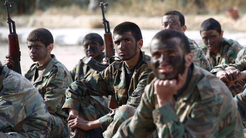 Pour l'instant, 450 militaires américains sont arrivés en Jordanie pour former des rebelles syriens, selon les responsables américains.