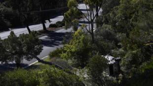 La voiture accidentée de Tiger Woods, à Rancho Palos Verdes, en Californie, le 23 février 2021