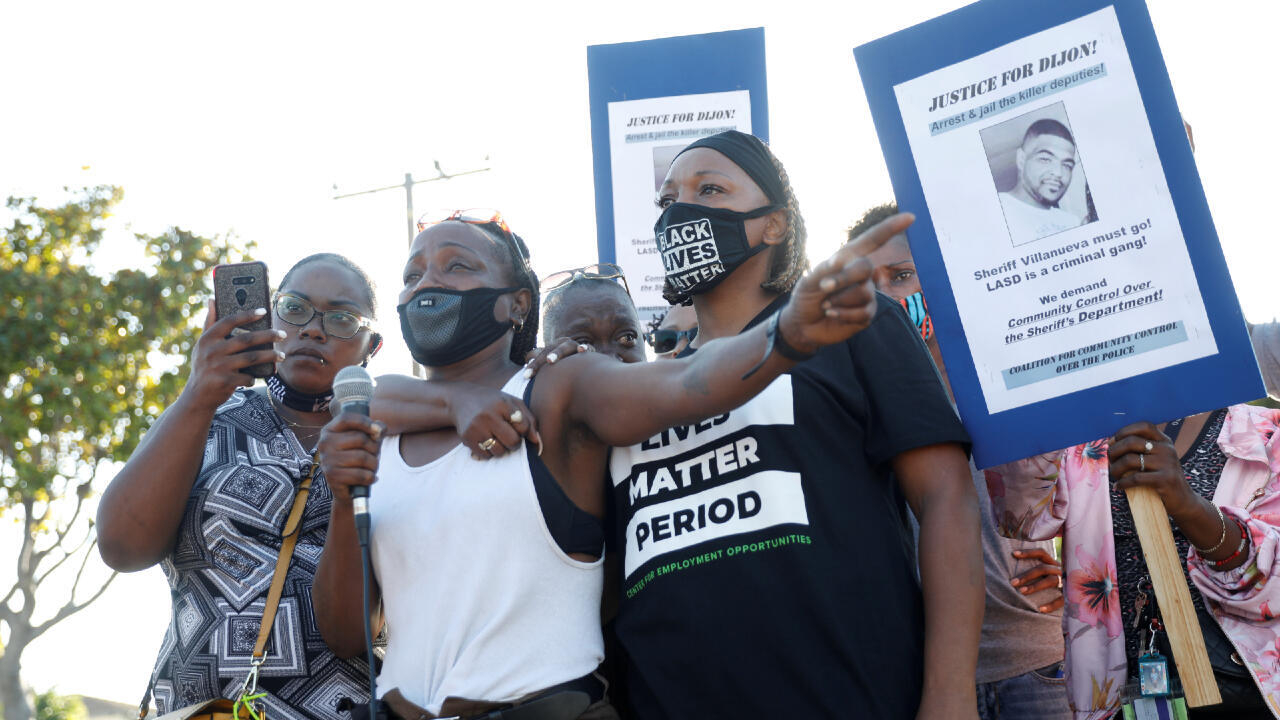 Sheila Jackson (2nd L), aunt of Dijon Kizzee, speaks against the shooting of Dijon Kizzee by Los Angeles sheriff's deputies, in Los Angeles, California, U.S., September 1, 2020.