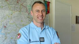 Portrait du lieutenant-colonel Arnaud Beltrame, paru dans La Gazette de la Manche en 2013.