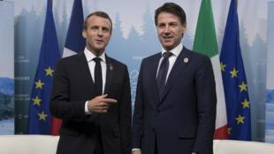 Le président français Emmanuel Macron et le président du Conseil italien Giuseppe Conte, le 8 juin 2018, lors du G7, à Charlevoix au Canada.