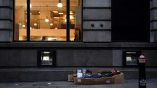 Un sans-abri dans les rues de Londres, le 19 décembre 2017.