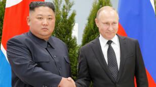 El líder de Corea del Norte, Kim Jong-un junto al presidente de Rusia, Vladímir Putin. 25 de abrilde 2019.