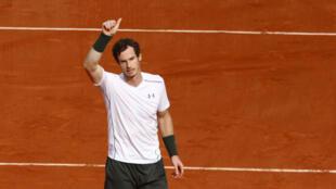 Andy Murray a beaucoup souffert pour rejoindre le 3e tour de Roland-Garros.