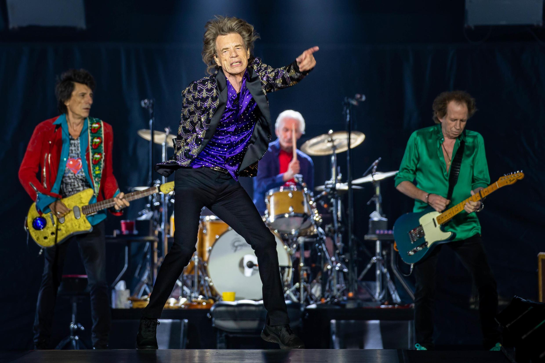 Imagen de archivo de los Rolling Stones, Ronnie Wood (izquierda), Mick Jagger (centro), Charlie Watts (atrás) y Keith Richards (derecha), legendaria banda de rock británica activa desde 1962.