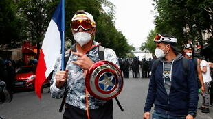 DP_3_HEALTH-CORONAVIRUS-FRANCE-PROTEST