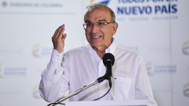 Humberto de la Calle en una rueda de prensa durante las conversaciones de paz en La Habana. Junio 2015