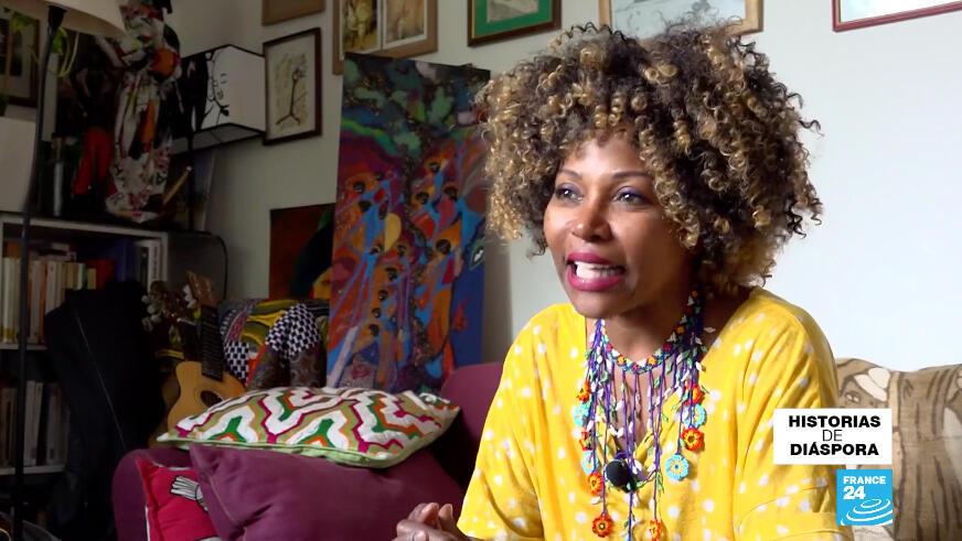 Nancy Murillo, una cantante nacida en Cali, Colombia, está radicada en Francia desde hace más de 30 años. Hoy, en medio de la pandemia ha optado por reinventarse en la música.