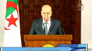 Presidente interino de Algeria, Abdelkader Bensalah, anunciando la fecha de las elecciones presidenciales. Argel, Argelia.15 de septiembre, 2019.