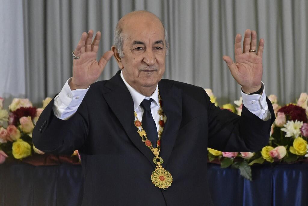 الرئيس عبد المجيد تبون خلال مراسم تنصيبه رئيسا بعد أدائه اليمين الدستورية في 19 ديسمبر/كانون الأول 2019