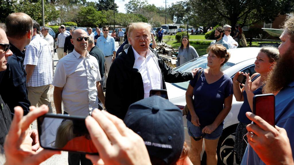 Donald Trump visitó algunas de las zonas afectadas de los estados de Carolina del Norte y Carolina del Sur tras el paso del huracán Florence el 19 de septiembre de 2018.