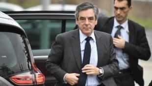 مرشح اليمين للانتخابات الرئاسية فرانسوا فيون