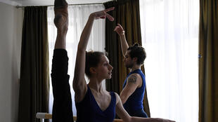 Lockdown has forced dancers Igor Tsvirko and  Margarita Shrainer to use their small flat for ballet practice