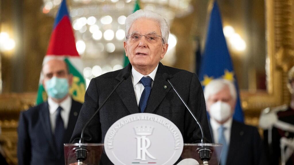 El presidente de Italia, Sergio Mattarella, sigue pidiendo negociación entre los partidos políticos italianos desde el Palacio Quirinale, en Roma, este 29 de enero de 2021.