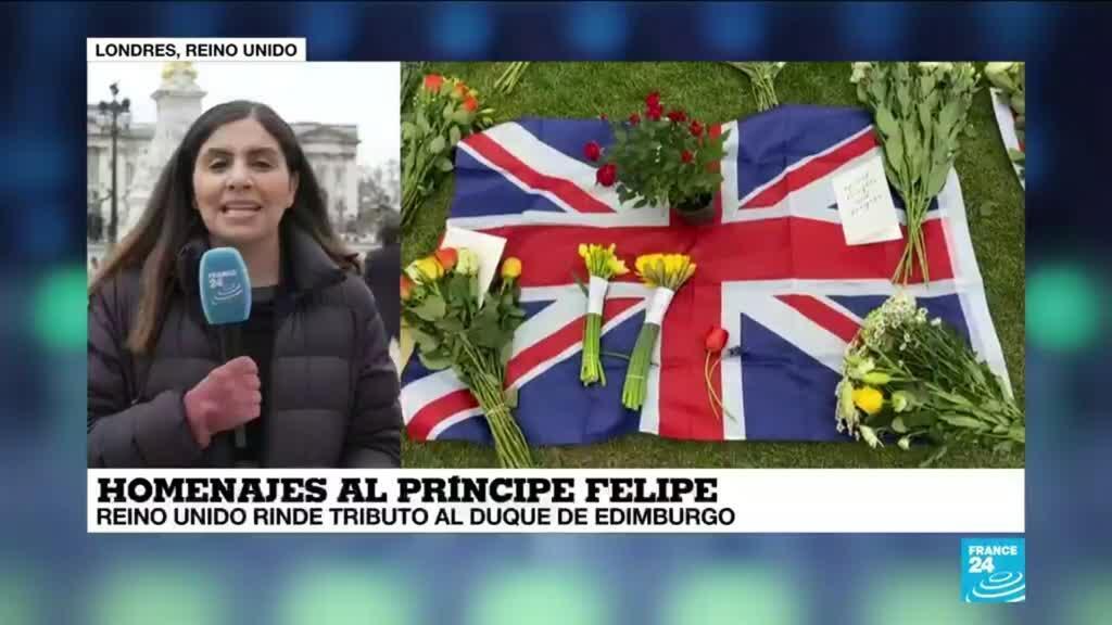 2021-04-10 14:33 Informe desde Londres: homenajes al príncipe Felipe en las afueras del Palacio de Buckingham