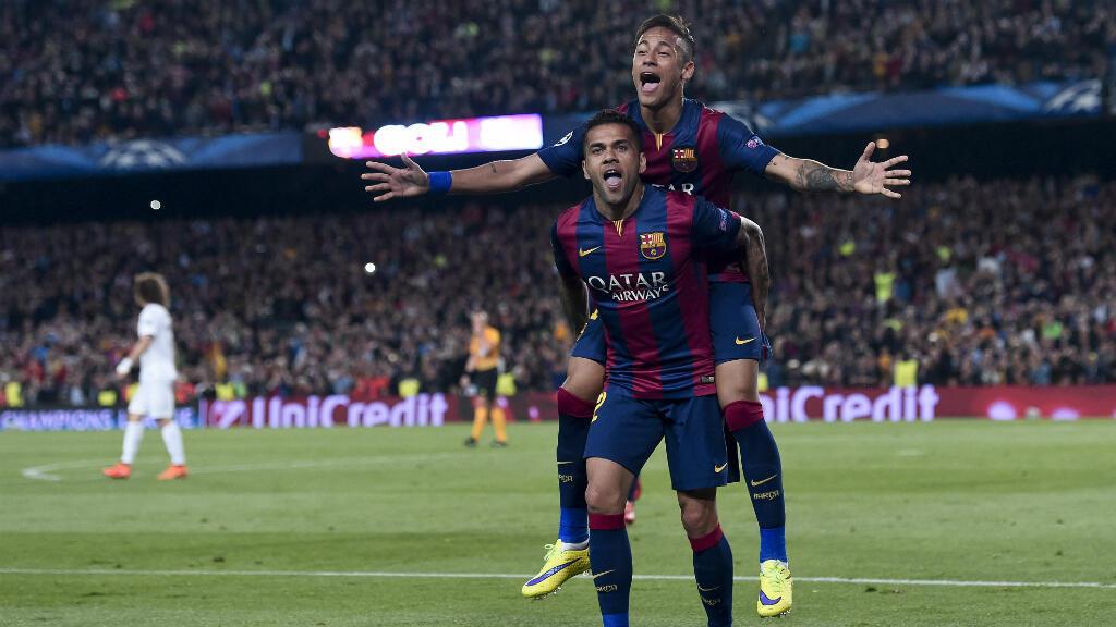 L'attaquant du FC Barcelone Neymar célèbre son but.