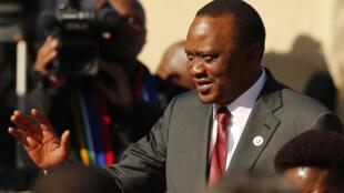 Le président kenyan, Uhuru Kenyatta, est convoqué mercredi 8 octobre devant la CPI.